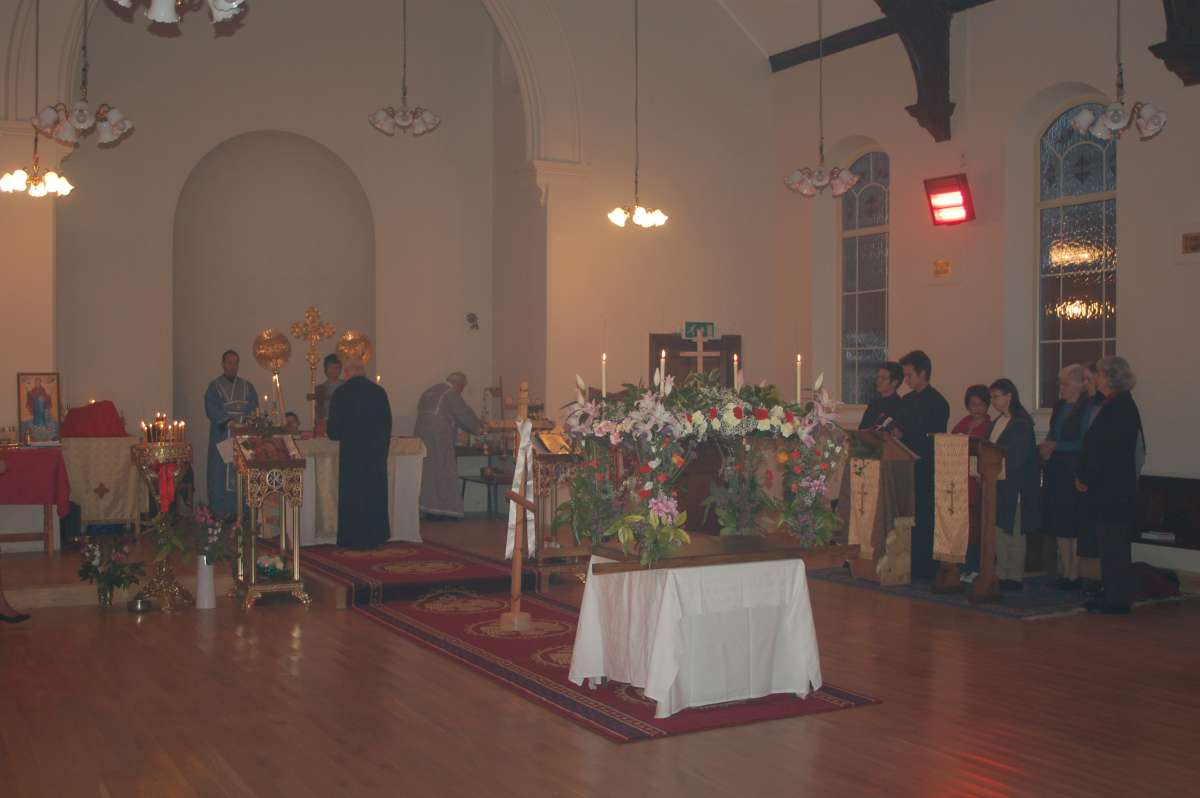 Church of the Holy Apostles :: First Pascha 2008